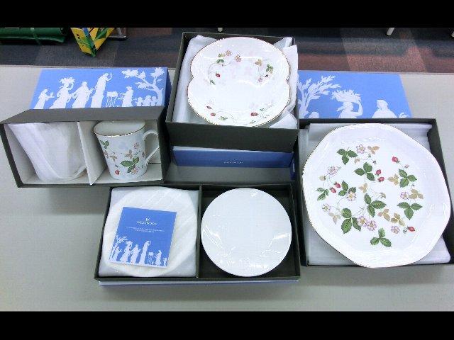WEDGEWOOD カップ、プレート ギフト食器 買取 岡山 リサイクルショップ リサイクル 買館
